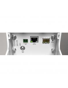 Ubiquiti AirMax Titanium Sector Antenna M5